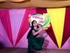Mahiya Mahi my best friend (Bangla desi film acctres)