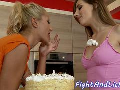 Foodfighting lesbos pussylicking in sixtynine