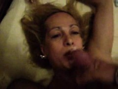 Amateur tranny cummed and gets fucked