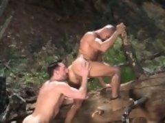 Tattoo bodybuilder outdoor sex with cumshot