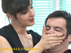 Facesitting and Hand Smother Humillation