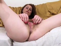 Princess Paris hairy and English