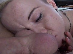 Czech taxi amateur giving head on backseat