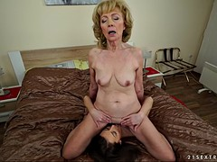 kinky euro granny szuzanne enjoys katy rose's glorious pussy