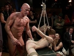 Super flexible Sensi Pearl gets pegged down up and besides fucked
