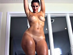 Belle grosse femme bgf, Compilation, Femme couguar, Français, Huilée, Actrice du porno