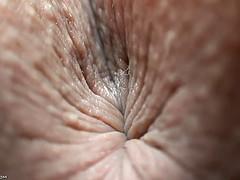 Chica, Checa, Masturbación
