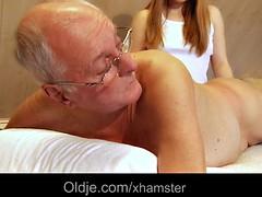Branlette thaïlandaise, Massage, Adolescente