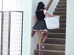 Braunhaarige, Kleid, Gesichtssitzen, Hausmädchen, Zierlich, Dürr, Jungendliche (18+), Uniform