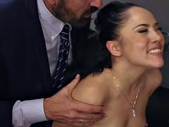In den arsch, Geschnappt, Betrug, Gruppensex, Interrassisch, Party, Pornostars, Ehefrau