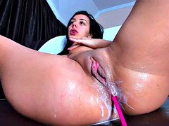 hot camgirl w big tits and big ass creamy squirts using fingers