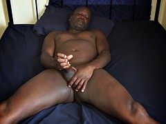 str8 black dad playing his meat