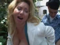 Bridget Hot Mom