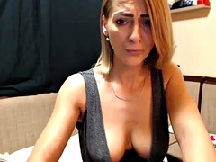 hot gorgeous mother cumming on web