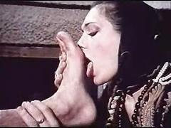 Greek Adult entertainment &amp,#039,70-&amp,#039,80s(O MANWLIOS O BIHTIS) Anjela Yiannou1-Gr2