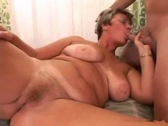 mom like to give a bj my cock