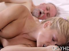 blonde with a nice soaking wet pussy getting cum blasted