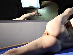 masha korjagina exposes seductive and flexible body in solo