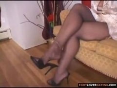 Mature Female Foot Appreciate