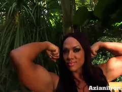 Aziani Metal Amber Deluca Flexing her fat biceps four