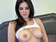 Brunette brune, Masturbation, Actrice du porno
