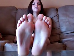 I just want you to suck my sexy little toes