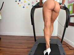 amy brooke demonstrates her perfectly shaped ass in front of the camera