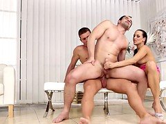 bisexual men give woman in the bung hole