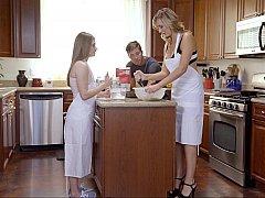 Amerikanisch, Freund, Tochter, Küche, Mutti, Stiefmutter, Flotter dreier