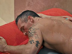 tattooed masseuse sarah jessie smashed by her client