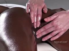 Massage, Huilée