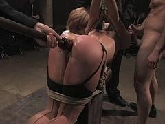 Bondage domination sadisme masochisme, Brunette brune, Brutal, Domination, Groupe, Hard, Esclave, Attachée