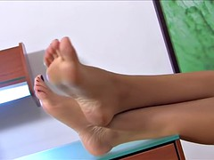 Hot Soles For Licking !