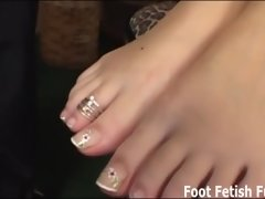 Worship my feet and you will get a nice little reward