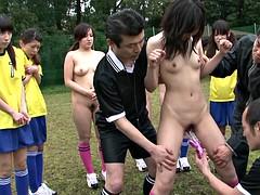 Brunette brune, Groupe, Japonaise, De plein air, Public, Sport, Adolescente, Nénés