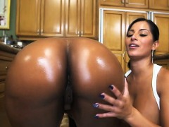 2 Of The Best Asses Ever Spicy J, Nina Rotti