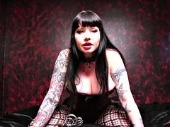 femdom mistress maya pro domme mindfucking