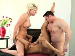 Massage au trio with ebony babe and busty gal
