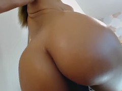 pretty pussy latina gripping and riding