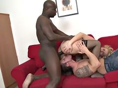 Noire, Blonde, Éjaculation interne, Cocu, Tchèque, Noir ébène, Interracial, Épouse