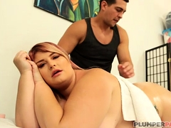 Big Booty BBW Tiffany Star has her ass and pussy massaged