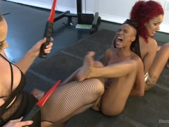 Daisy and Nikki - A Live Electrosex Competition!! Part 1
