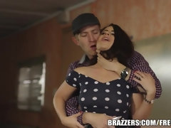 Brazzers - Torrid buttfuck hook-up with Lexie Candy