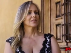 Julia Ann - Large-Bosomed Blondie Mature