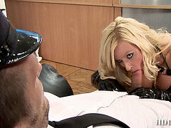Tori black geting screwed in the sexiest hooker boots ever,by the